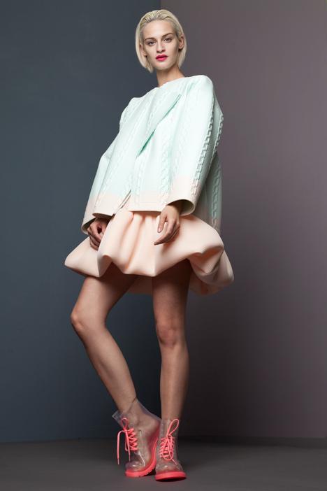 dezeen_RCA-Fashion-Show-2013-Xiao-Li_8
