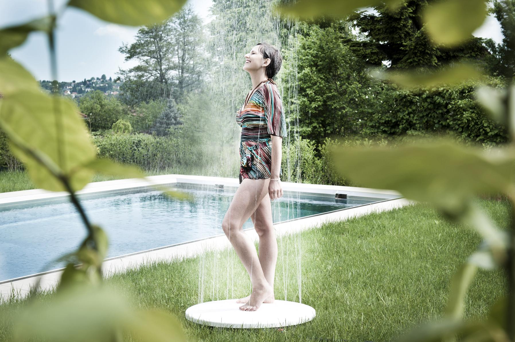 Чем удовлетворить себя душем 6 фотография