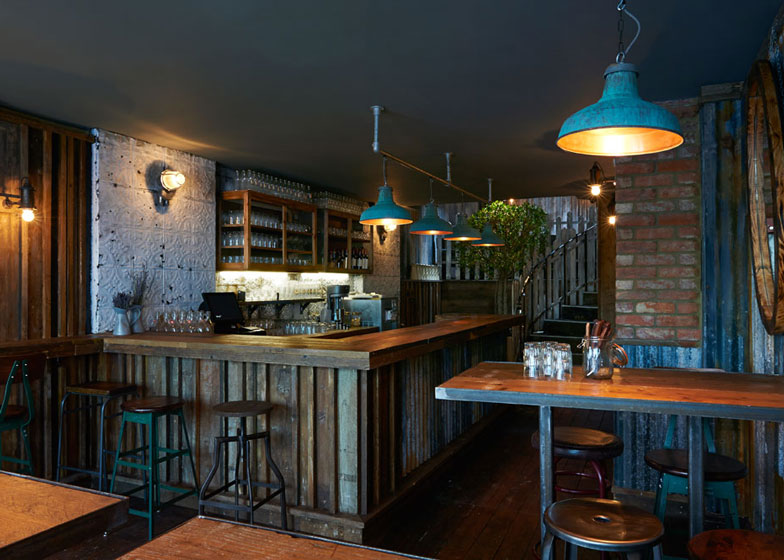 Barnyard Soho Restaurant By Brinkworthinspirationist