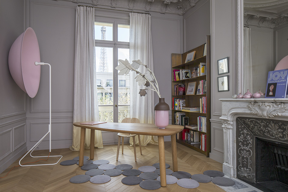 Appartement Trocadro generous volumes and Parisian ornaments