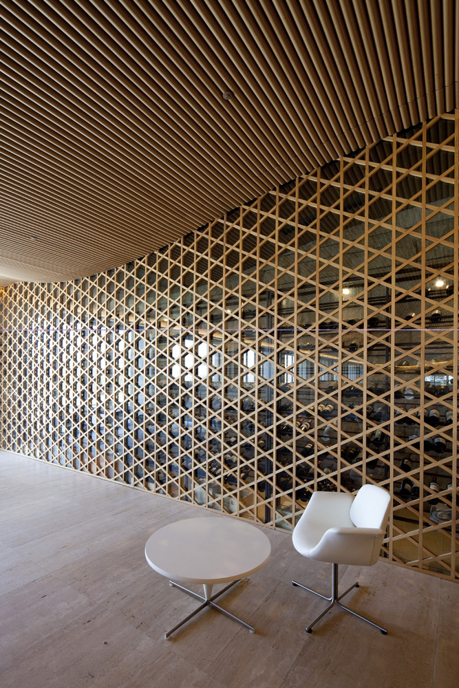 Nine Bridges Country Club Features A Hexagonal Wooden Grid