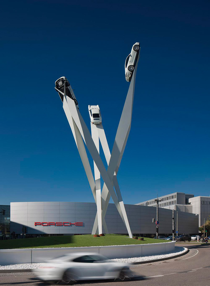 Gerry Judah designs 25 m high sculpture for Porsche in Stuttgart