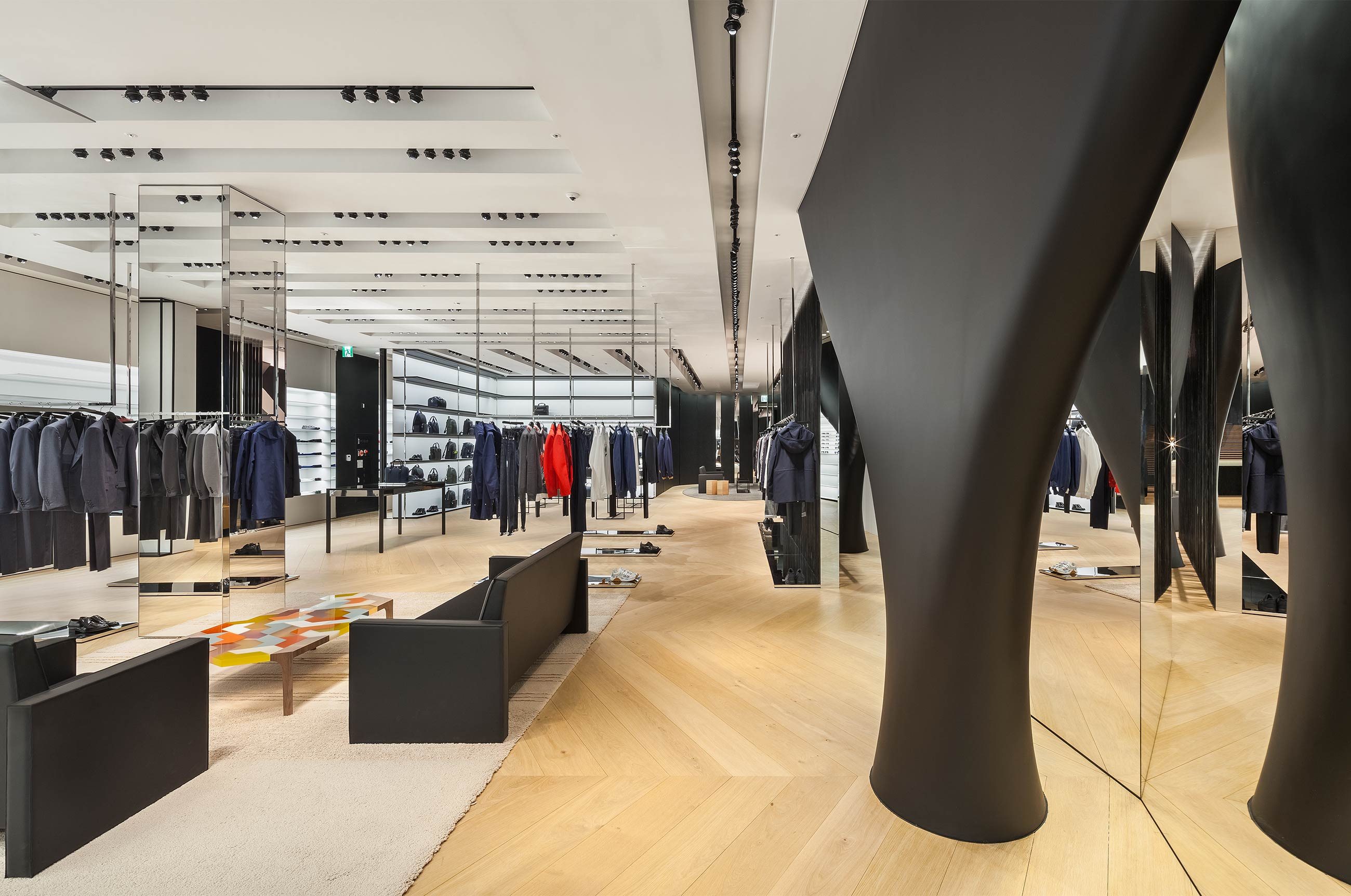 Curves And Counter Curves At Dior S Newest Address In