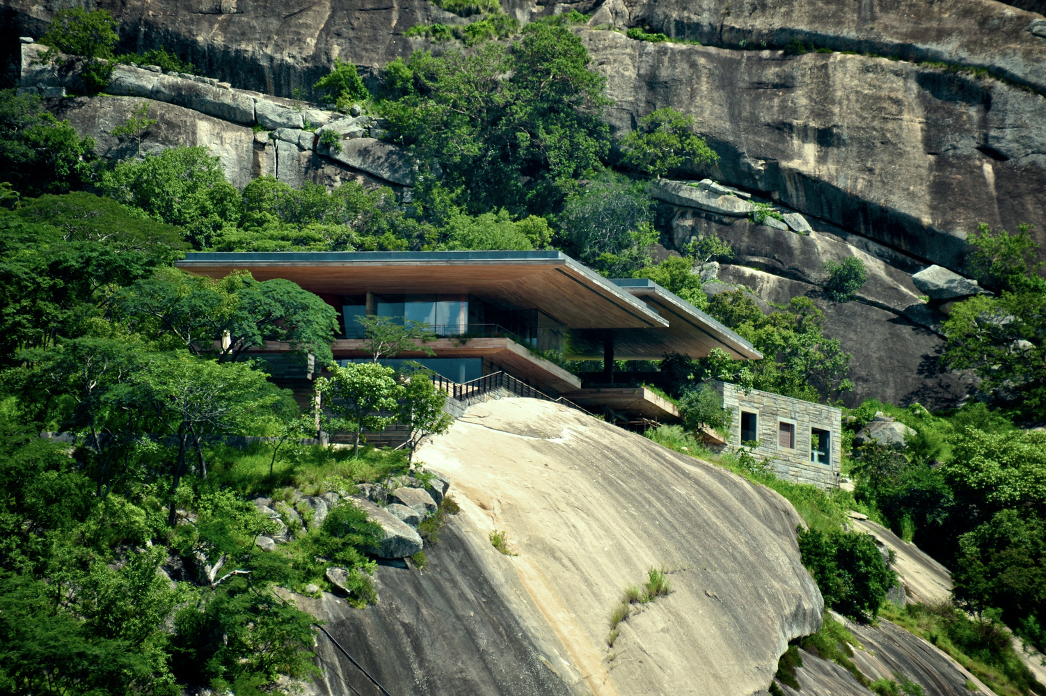 Cliff May Homes A House On A Rock With Oversized Cantilevered Roofs And