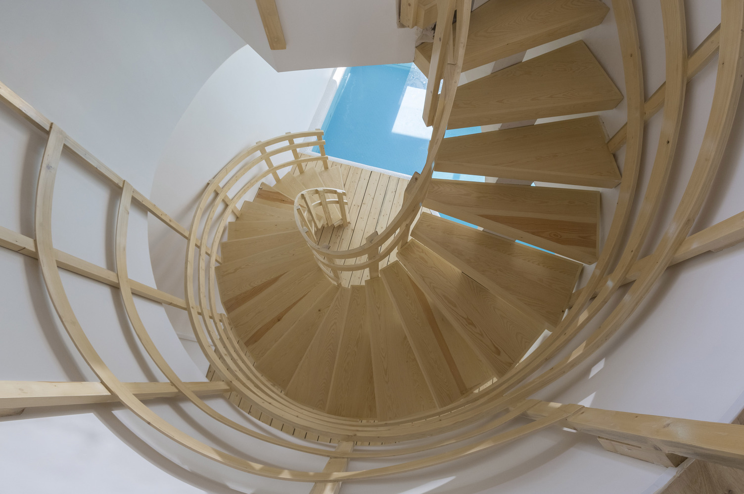 5_Mosha House_New Wave Architecture_Inspirationist