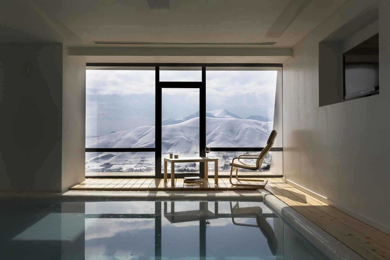 9_Mosha House_New Wave Architecture_Inspirationist