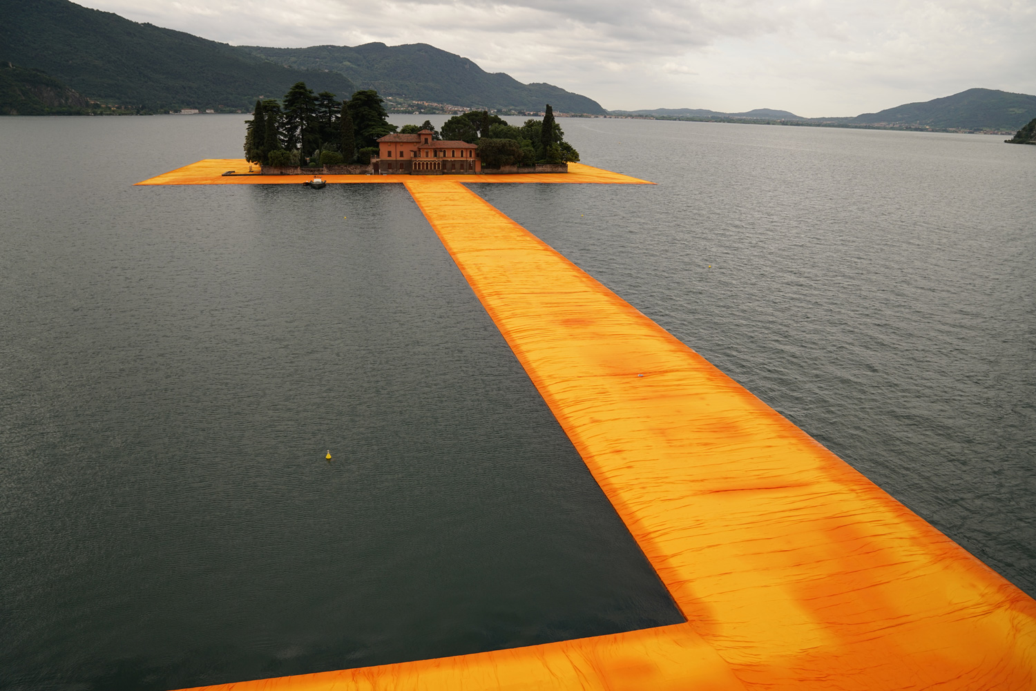 3_The Floating Piers_Christo and Jeanne Claude_Inspirationist