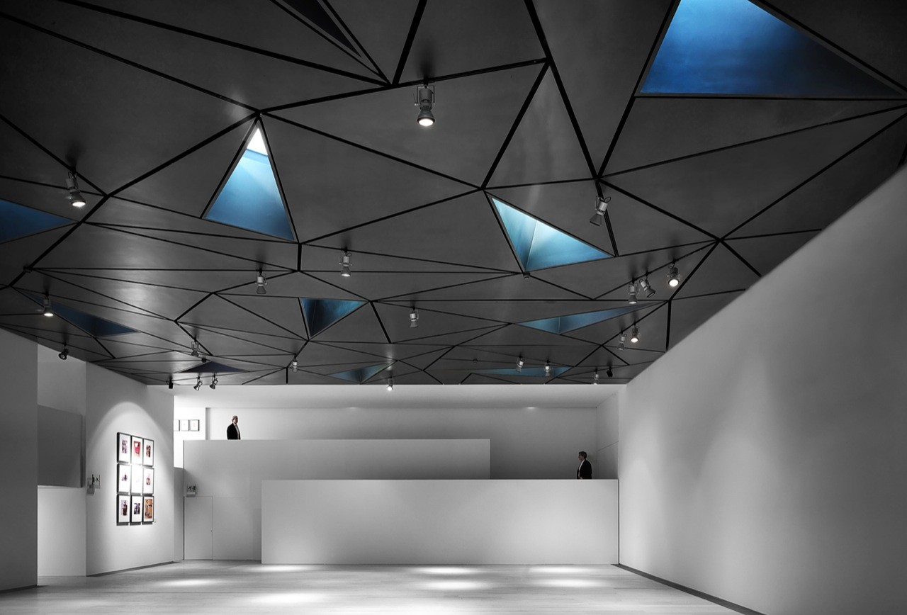 Good Light Supplying Triangular Holes Define Madridu0027s ABC Museum Facade    Inspirationist