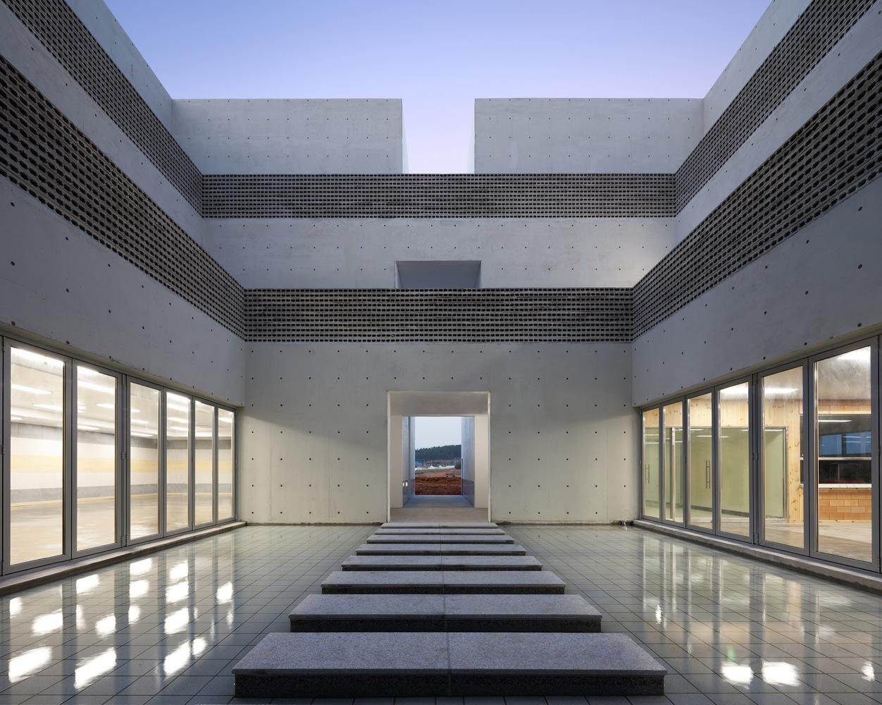 2_The Void_Hyunjoon Yoo Architects_Inspirationist