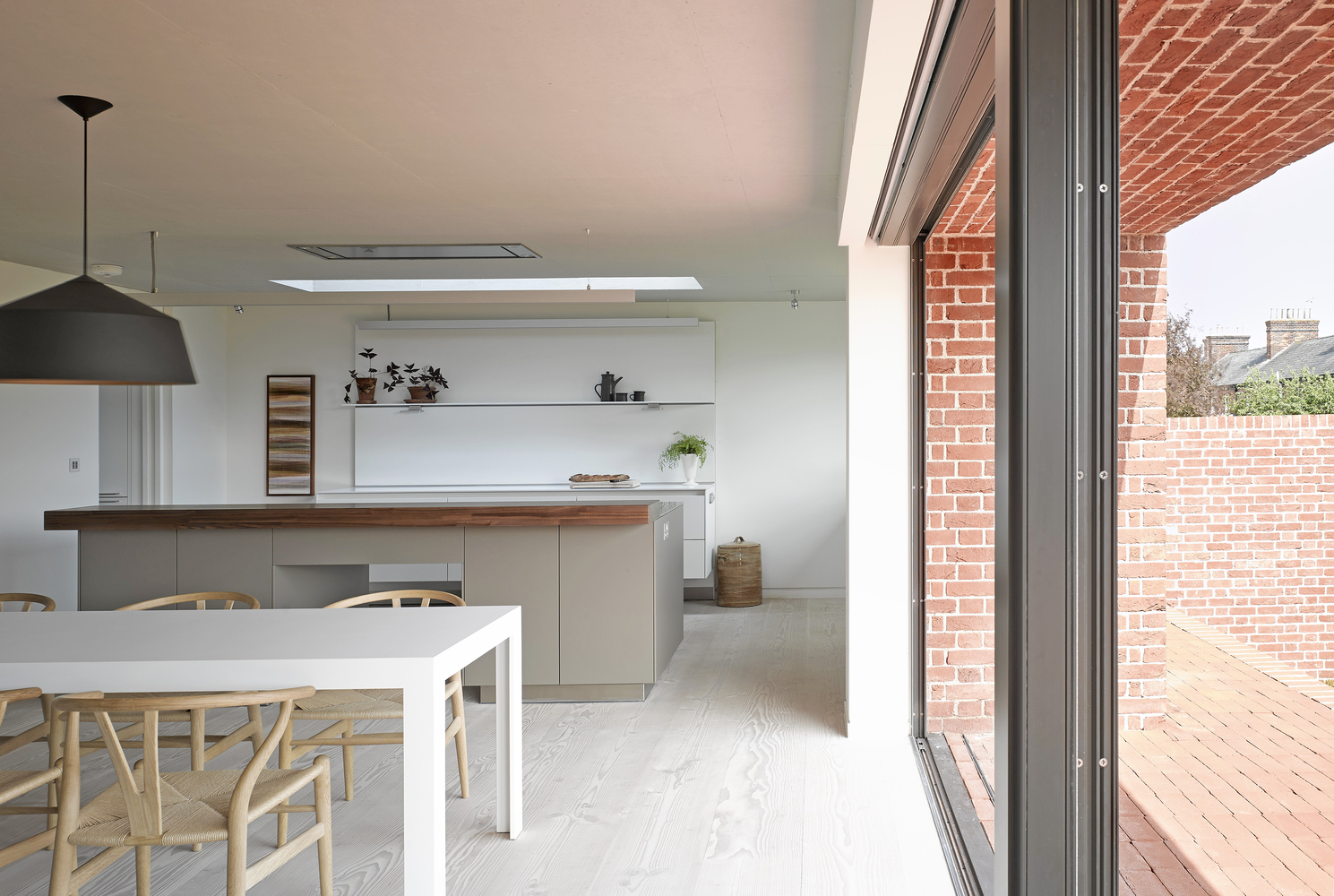 9_broad-street-house-in-suffolk_nash-baker-architects_inspirationist