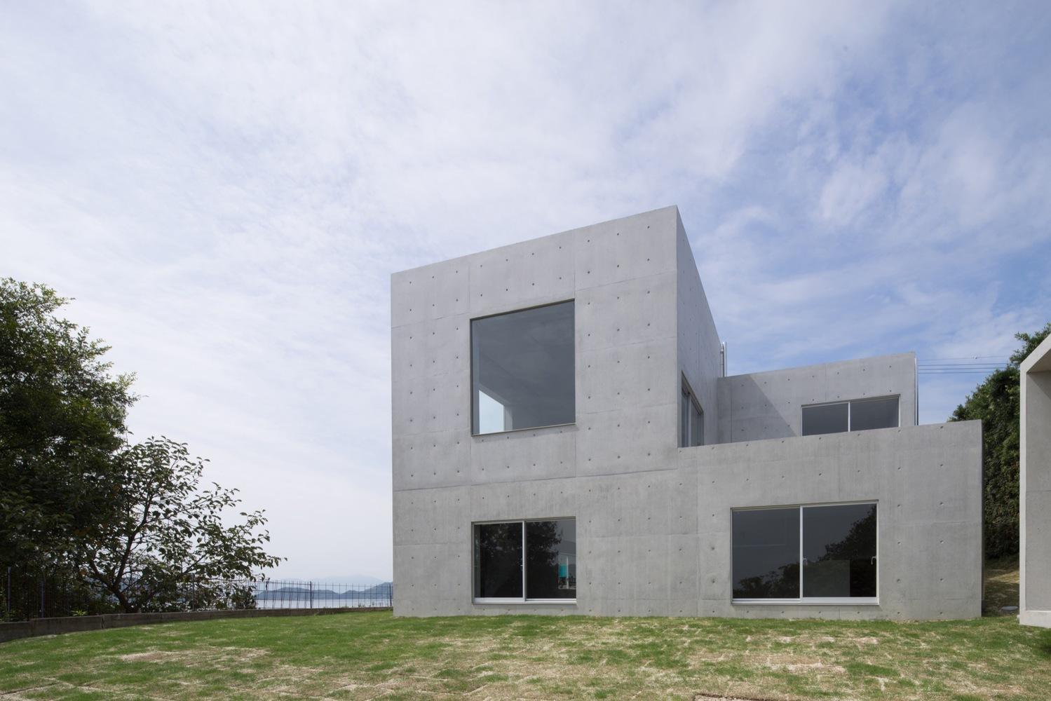 3_house-in-akitsu_kazunori-fujimoto-architectassociates_inspirationist