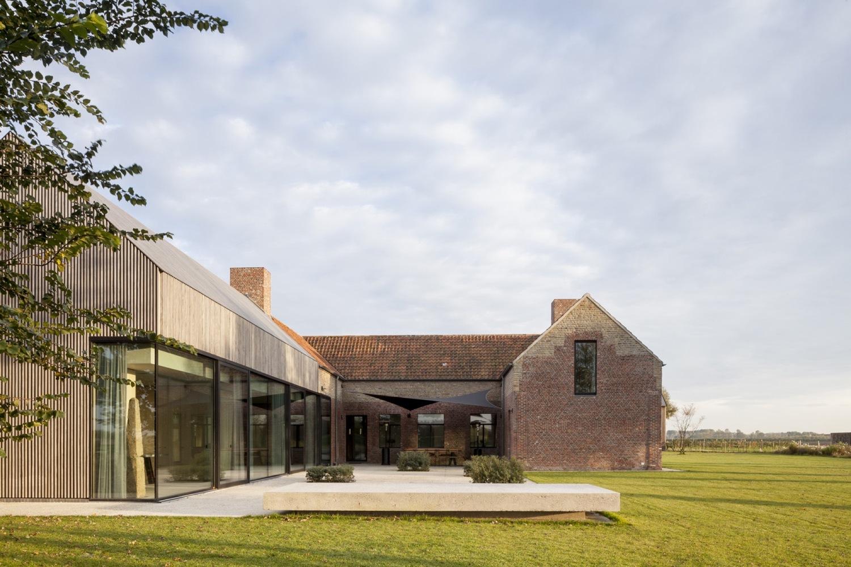 4_residence-dbb_govaert-vanhoutte-architects_inspirationist