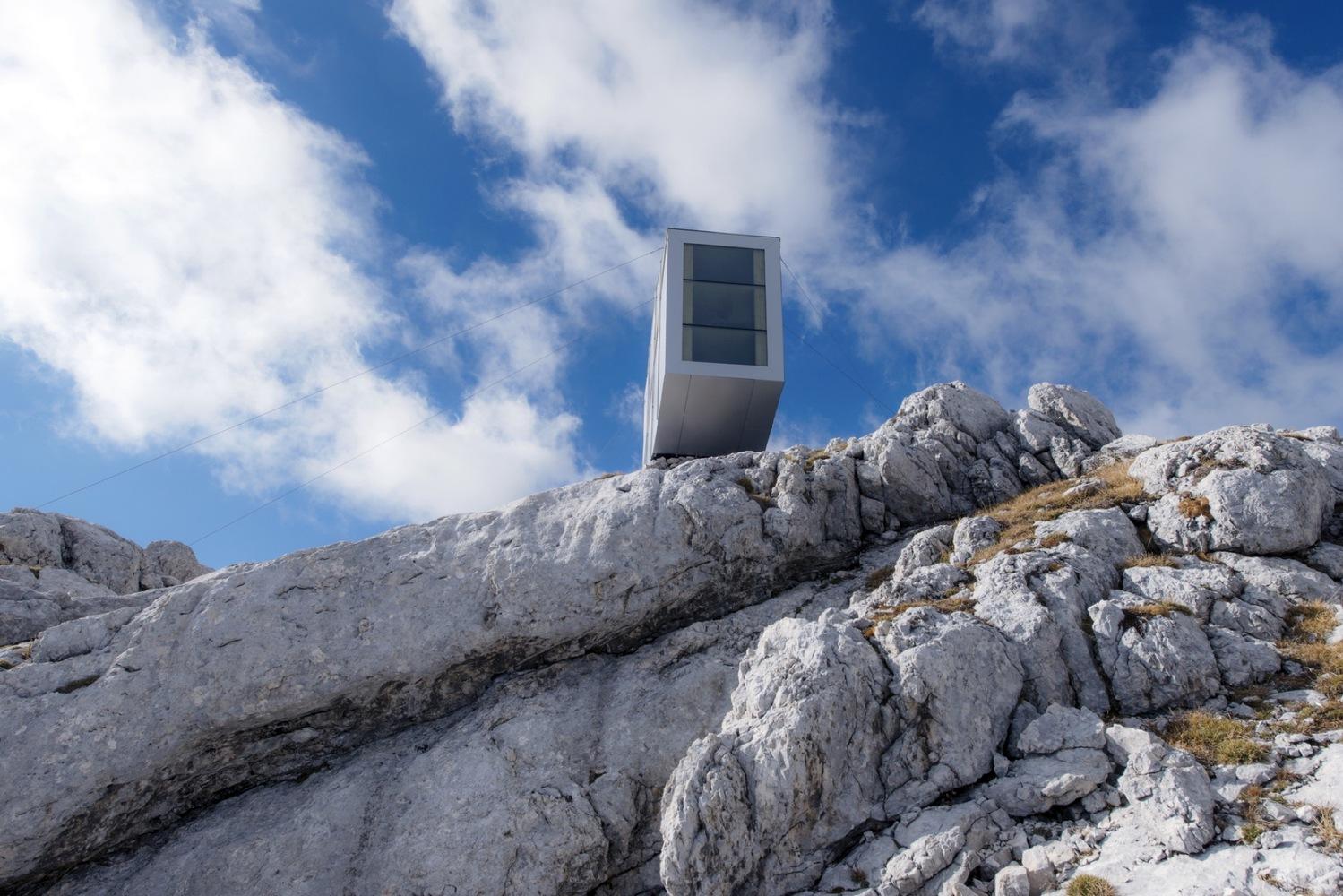 4_winter-cabin-on-mount-kanin_ofis-arhitekti_inspirationist