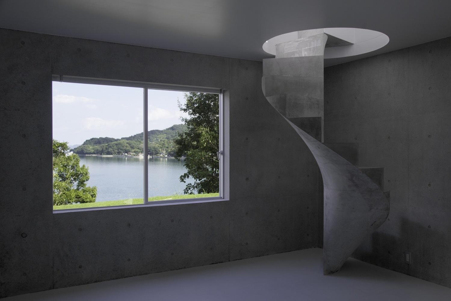 7_house-in-akitsu_kazunori-fujimoto-architectassociates_inspirationist