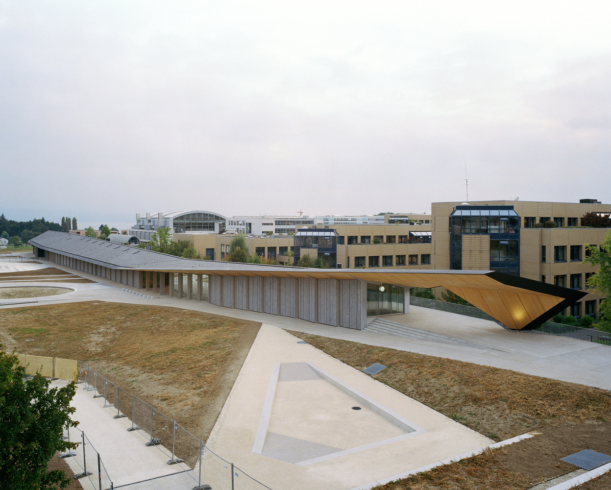 1_Under One Roof_Kengo Kuma & Associates_Inspirationist