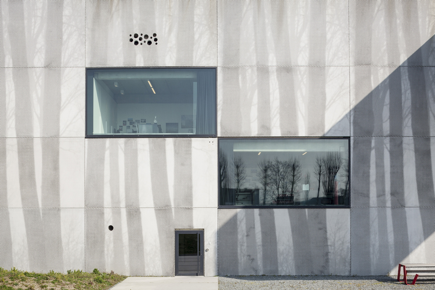 4_Enjoy Concrete HQ _Govaert & Vanhoutte Architects_Inspirationist