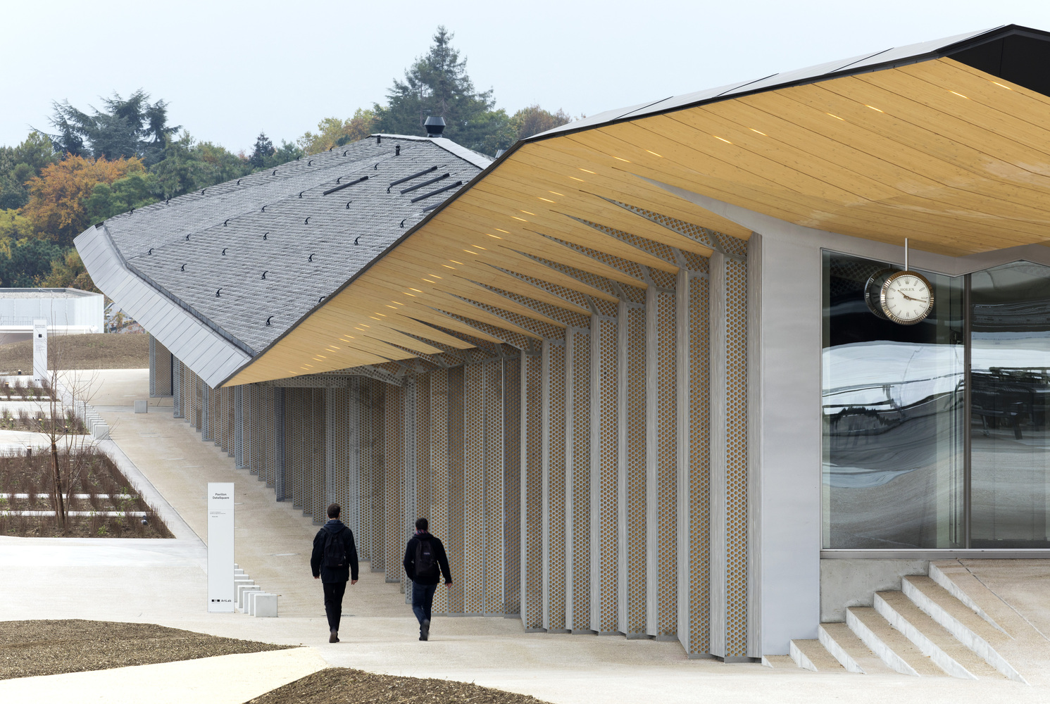 4_Under One Roof_Kengo Kuma & Associates_Inspirationist