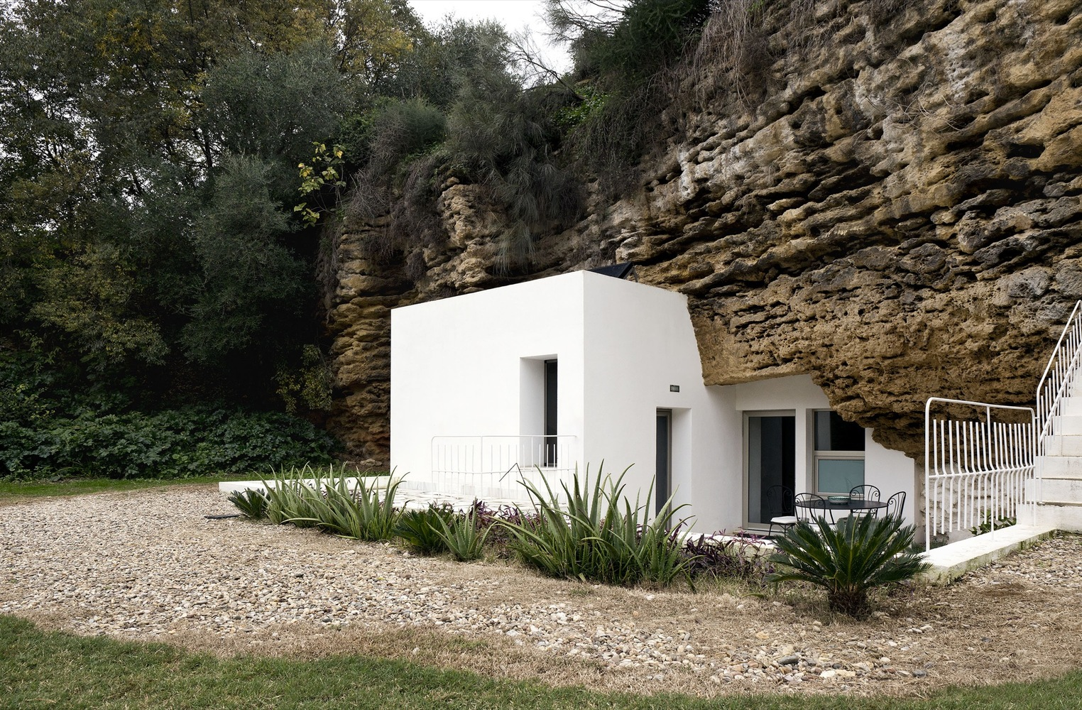 5_House Cave_UMMO Estudio_Inspirationist