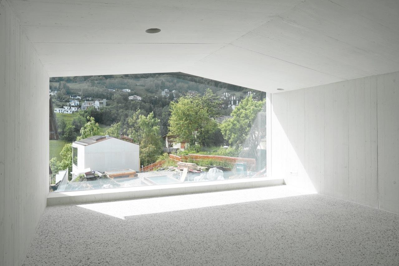 6_House in Laax_Valerio Olgiati_Inspirationist