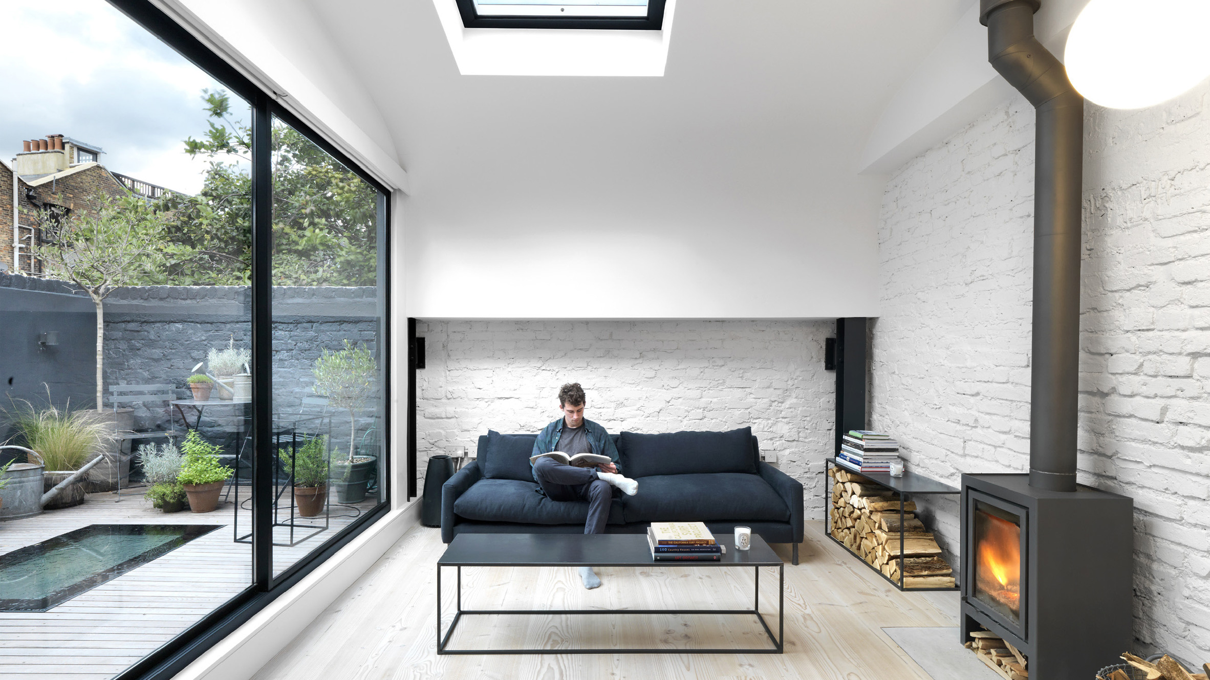 1_Black & White Mews_Threefold Architects_Inspirationist