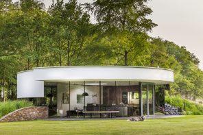 360 Villa by 123DV features a continuouscircular window