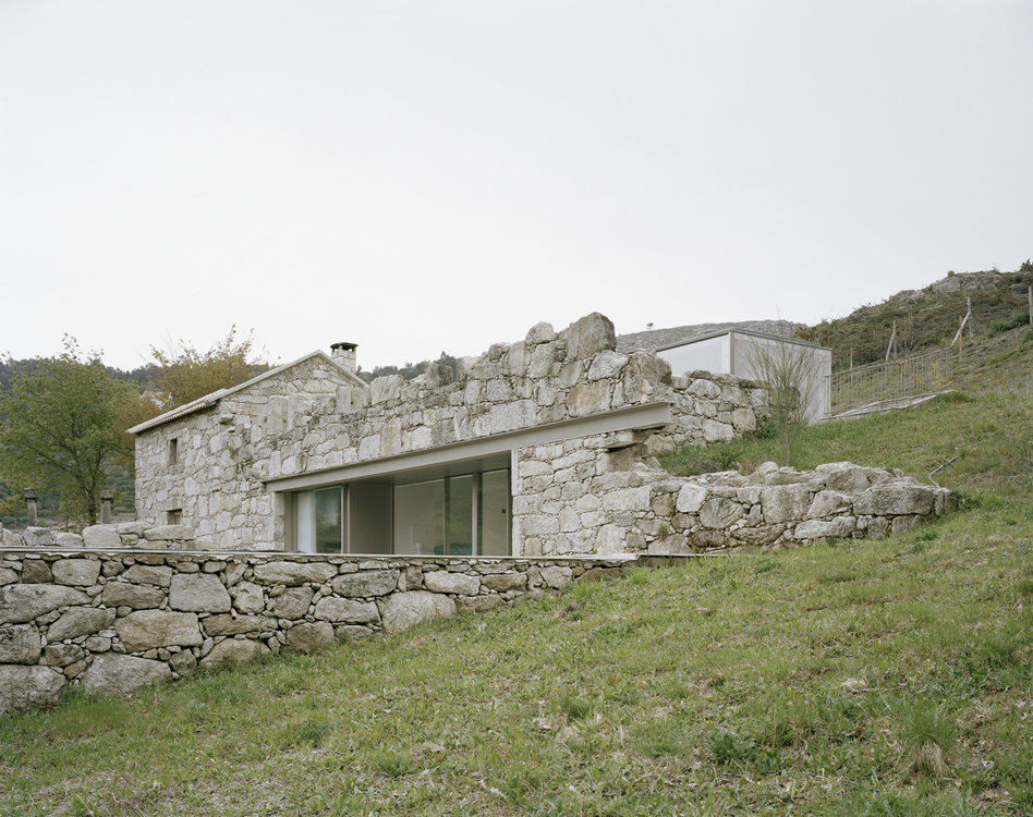 1_House in Melgaço_Nuno Brandão Costa_Inspirationist