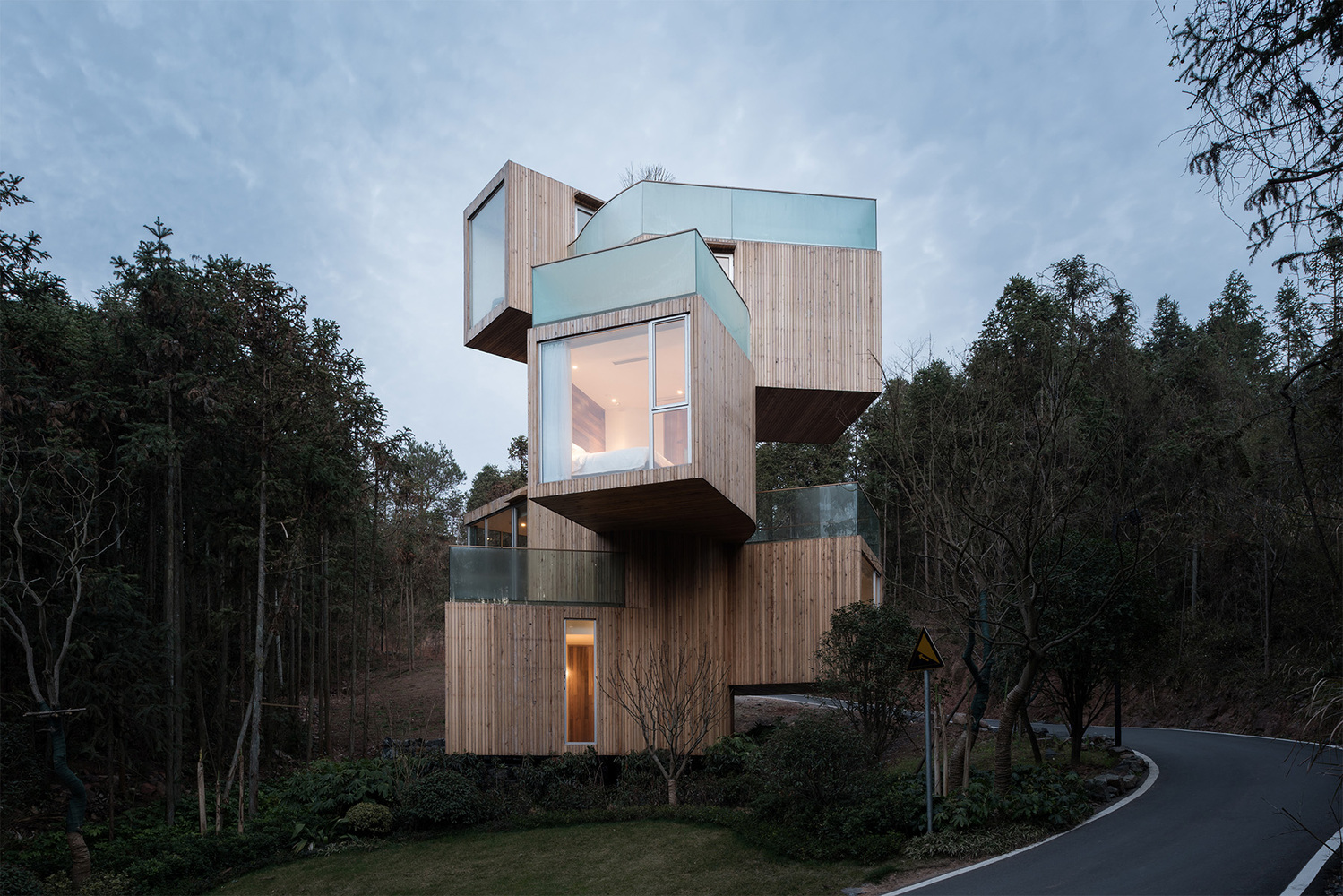 2_The Qiyun Mountain Tree House_Bengo Studio_Inspirationist