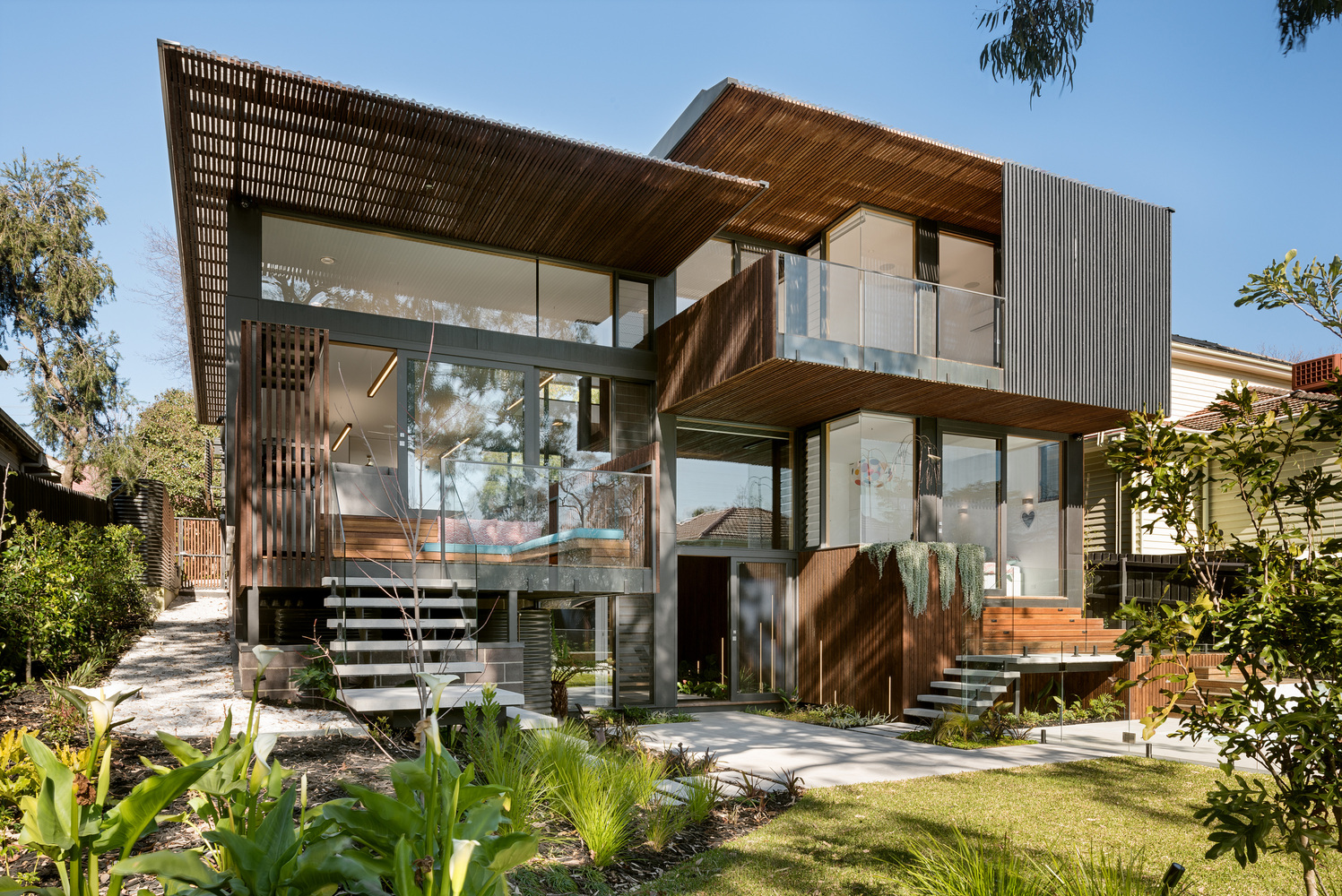 A contemporary environmentally friendly home designed to for Home architecture melbourne