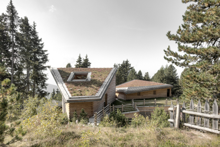 2_Twisted House S Vacation Apartments_bergmeisterwolf architekten_Inspirationist