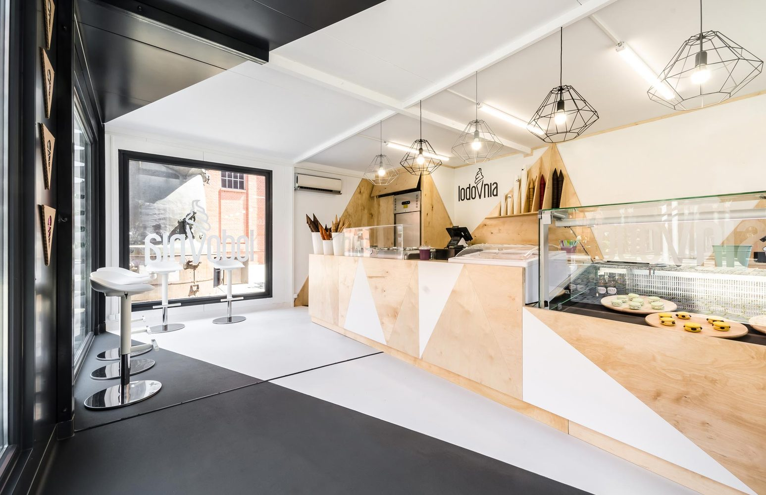 4_LODOVNIA Ice Cream Shop_mode lina architekci_Inspirationist