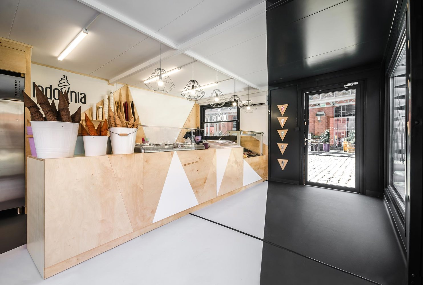 7_LODOVNIA Ice Cream Shop_mode lina architekci_Inspirationist