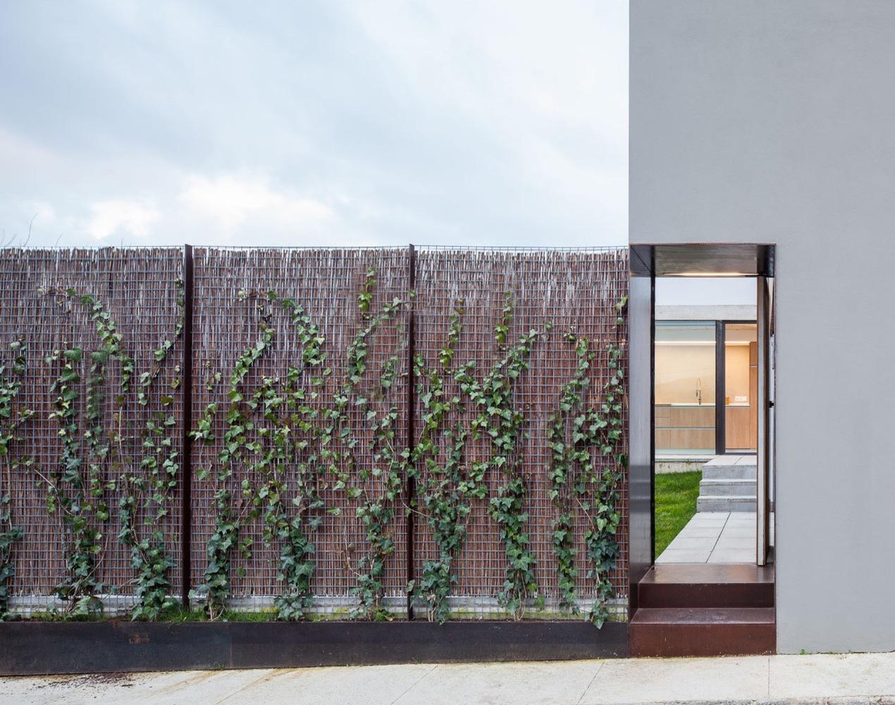 4_House in Olot_Arnau Estudi d'Arquitectura_Inspirationist