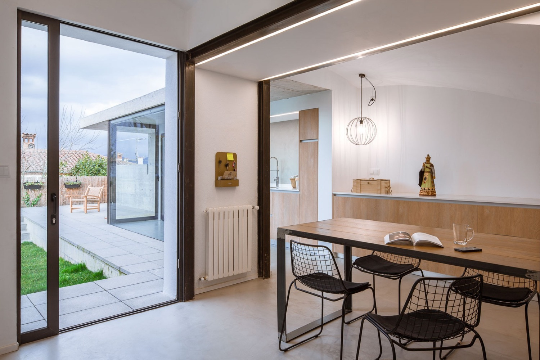 7_House in Olot_Arnau Estudi d'Arquitectura_Inspirationist