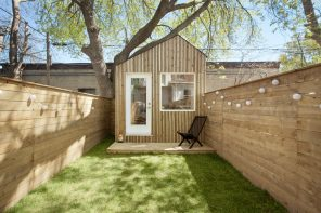 Garden Studio: a separated office designed as a walled oasis