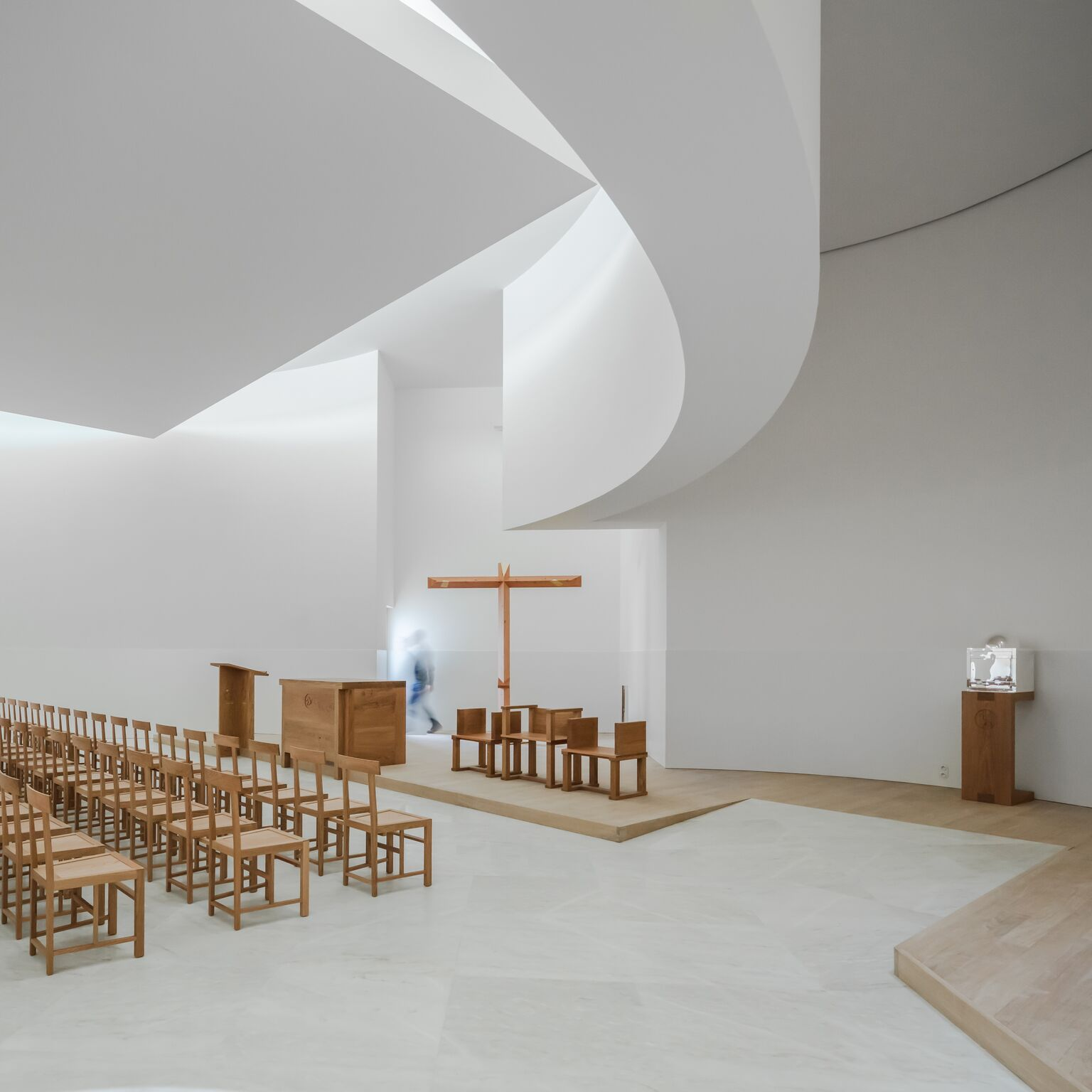 7_Alvaro Siza Vieira_New Church of Saint-Jacques de la Lande_Inspirationist
