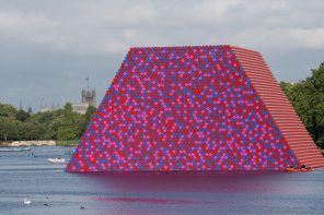Christo's Mastaba is a floating platform of 7,506 barrels in Hyde Park