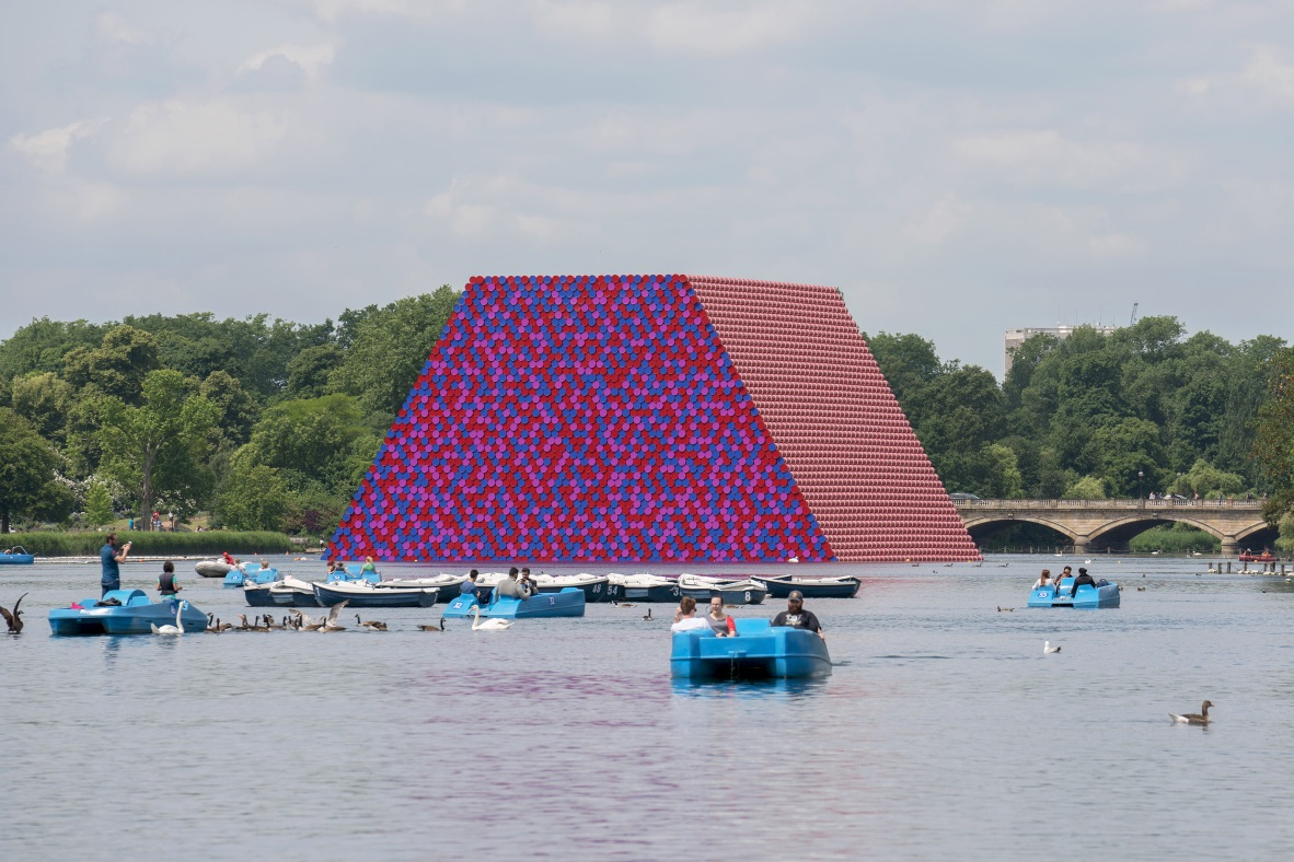2_The London Mastaba_Christo and Jeanne Claude_Inspirationist