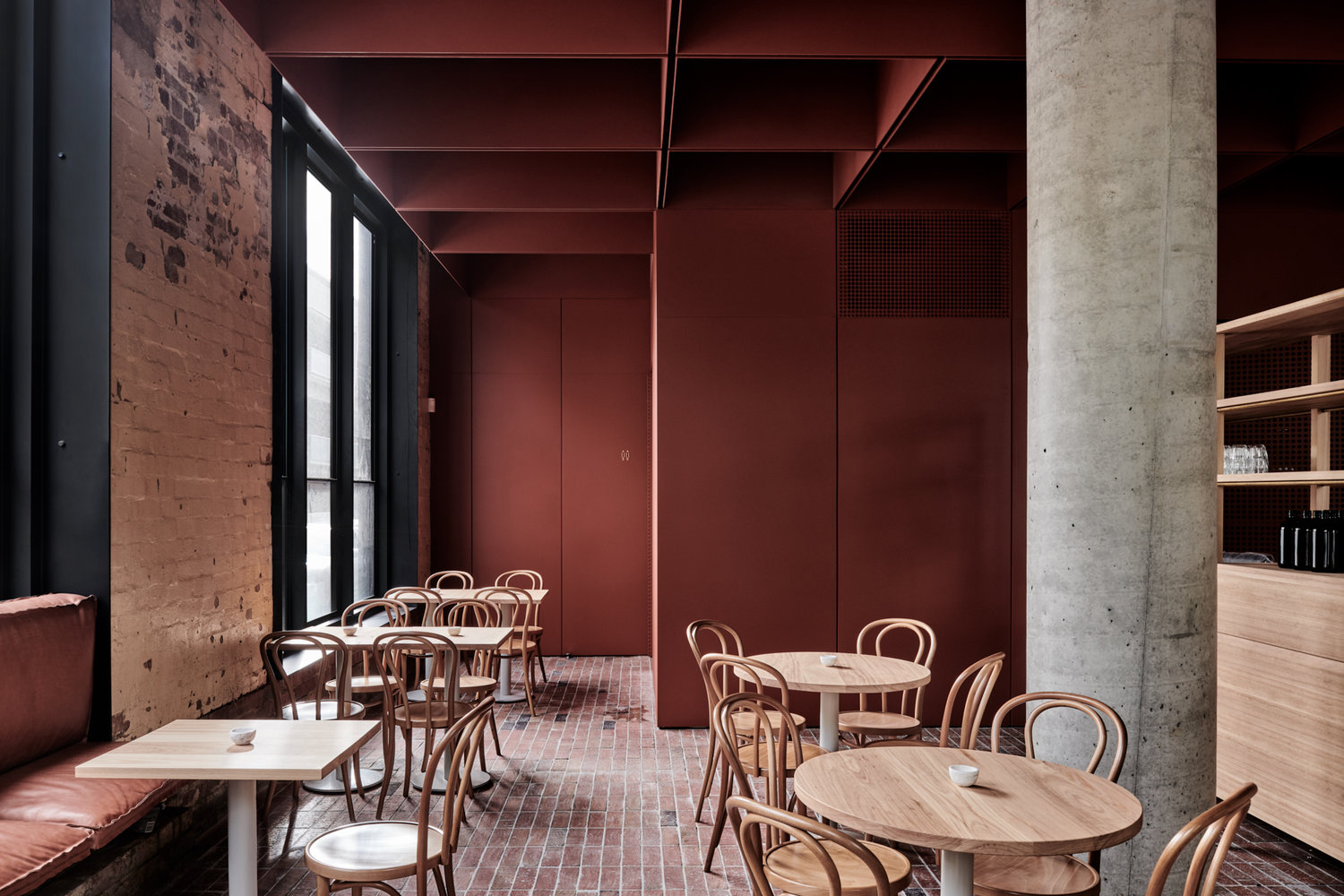 10_RITZ&GHOUGASSIAN_Bentwood Cafe_Inspirationist