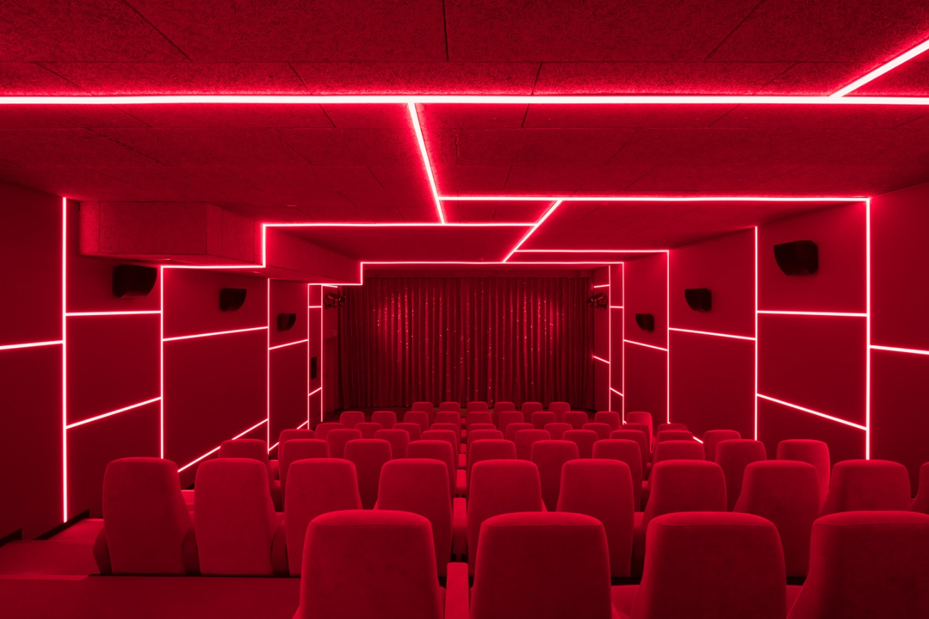 1_Delphi LUX Cinema_Batek Architekten+Ester Bruzkus Architekten_Inspirationist