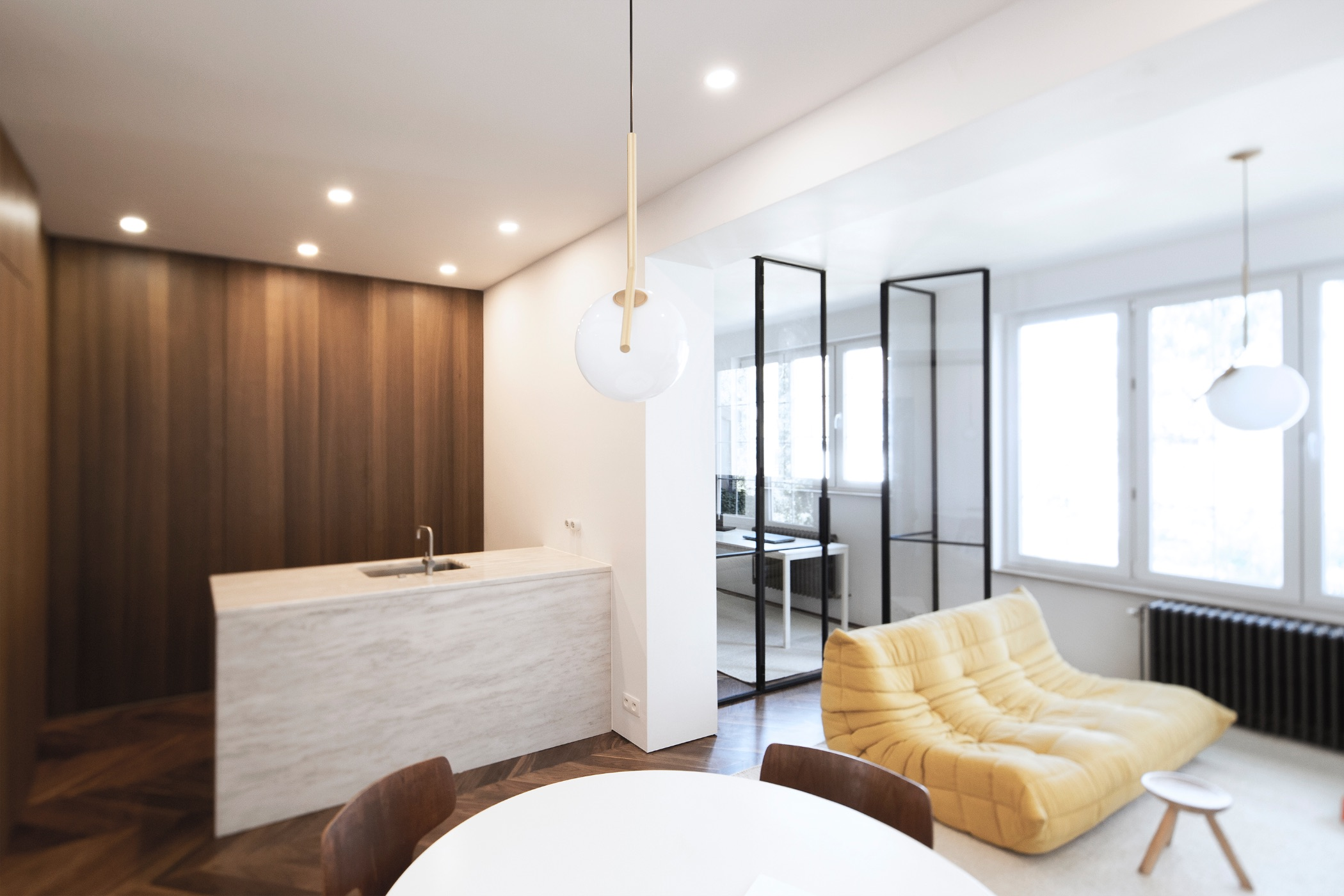 The transformation of an Albert Dumont-designed apartment into a ...