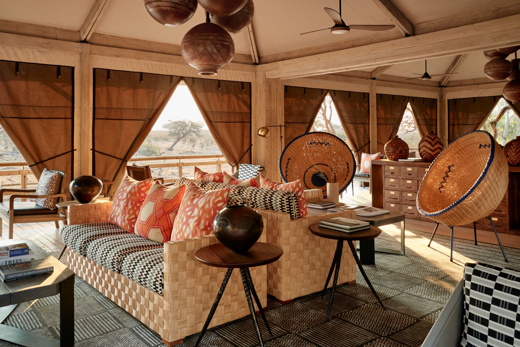 10_Belmond Savute Elephant Lodge_Sleep+Eat_Inspirationist