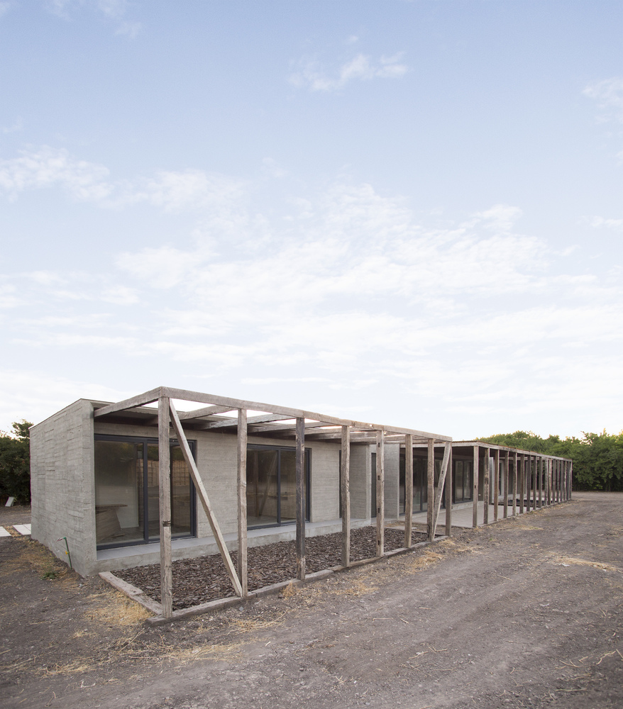 1_Parrón House_Croxatto y Opazo Arquitectos_Inspirationist