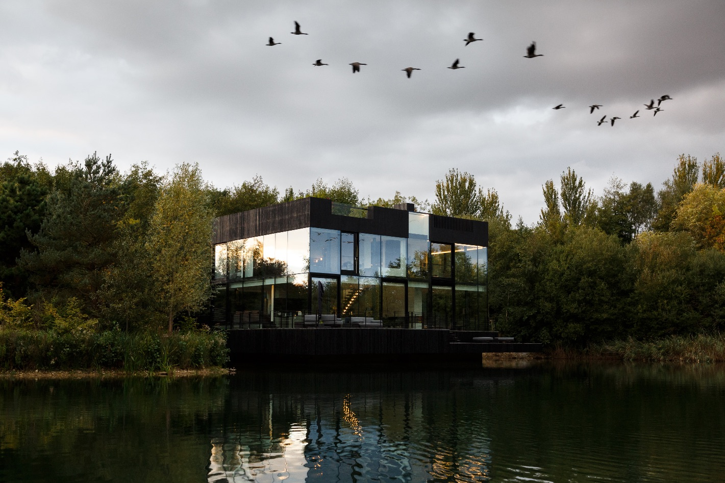13_Glass Villa in the Lake_Mecanoo_Inspirationist