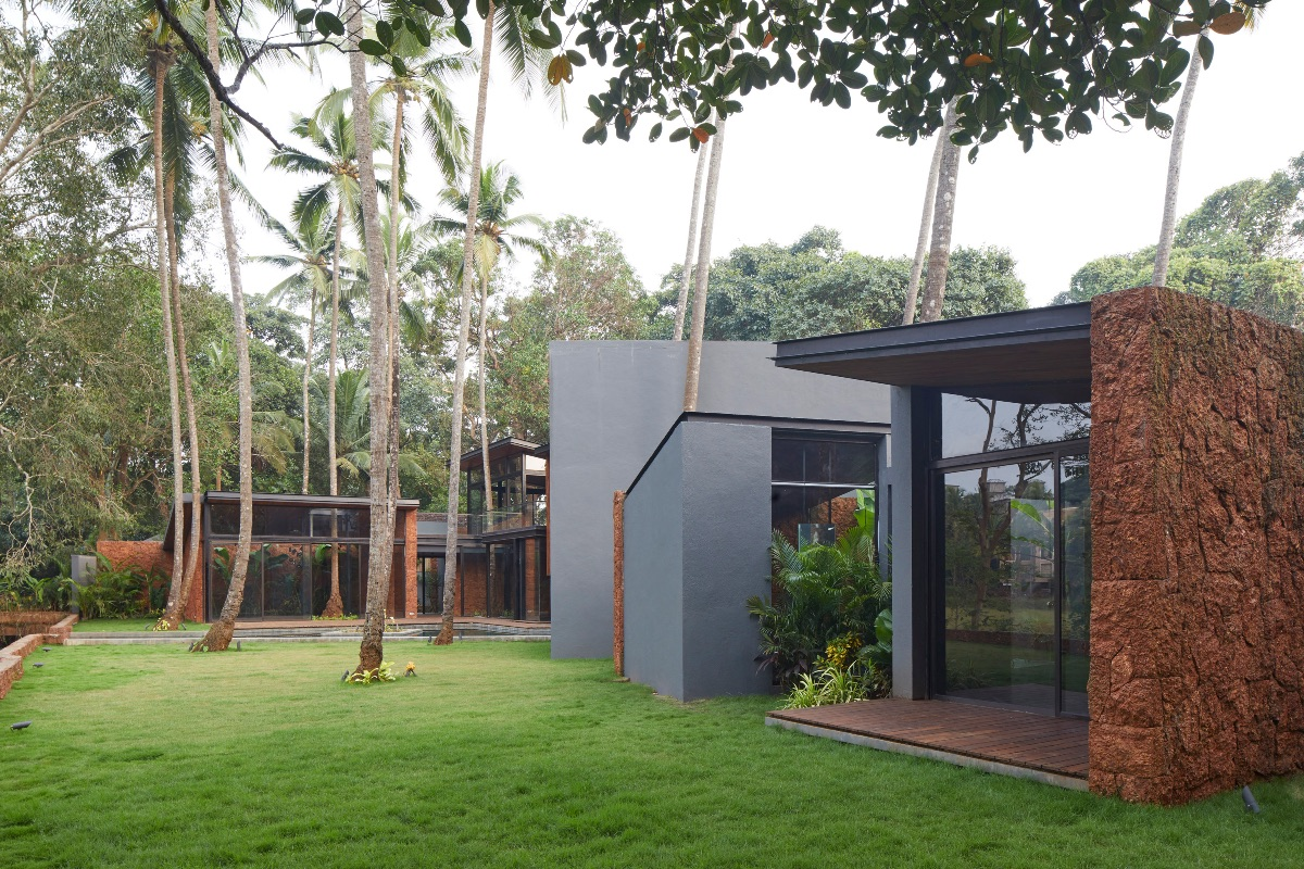 7_Villa in the Palms_Abraham John Architects_Inspirationist