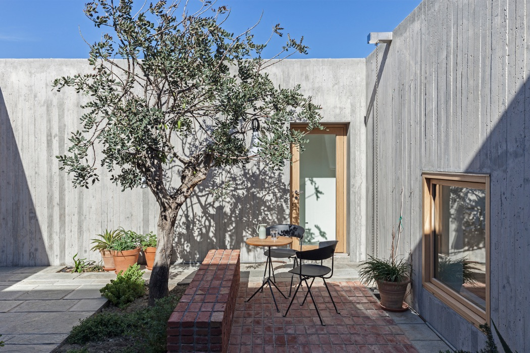 18_Patio House_OOAK Architects_Inspirationist