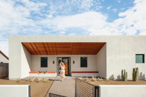 A modern courtyard home in the American desert inspired by Georgia O'Keeffe's paintings