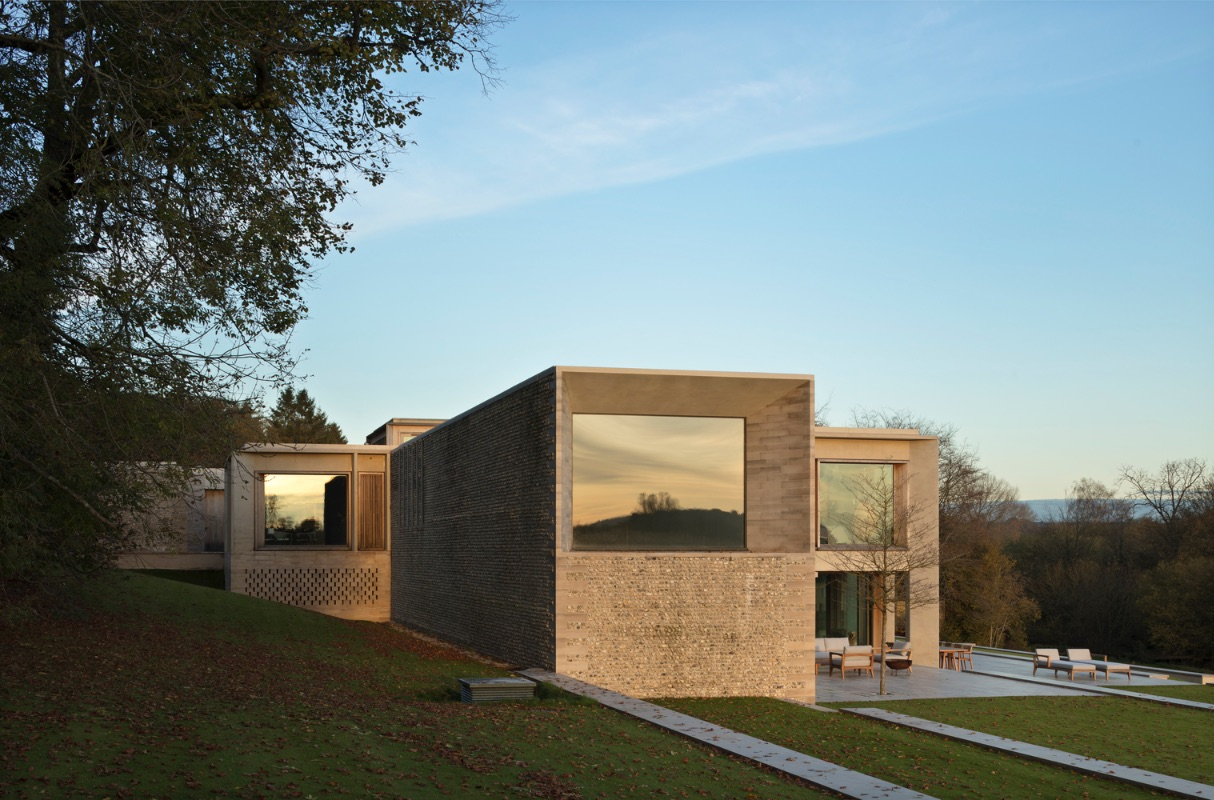 4_Hampshire House_Niall McLaughlin Architects_Inspirationist