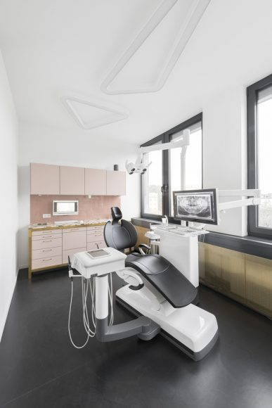 5_The Urban Dentist_studio karhard_Inspirationist