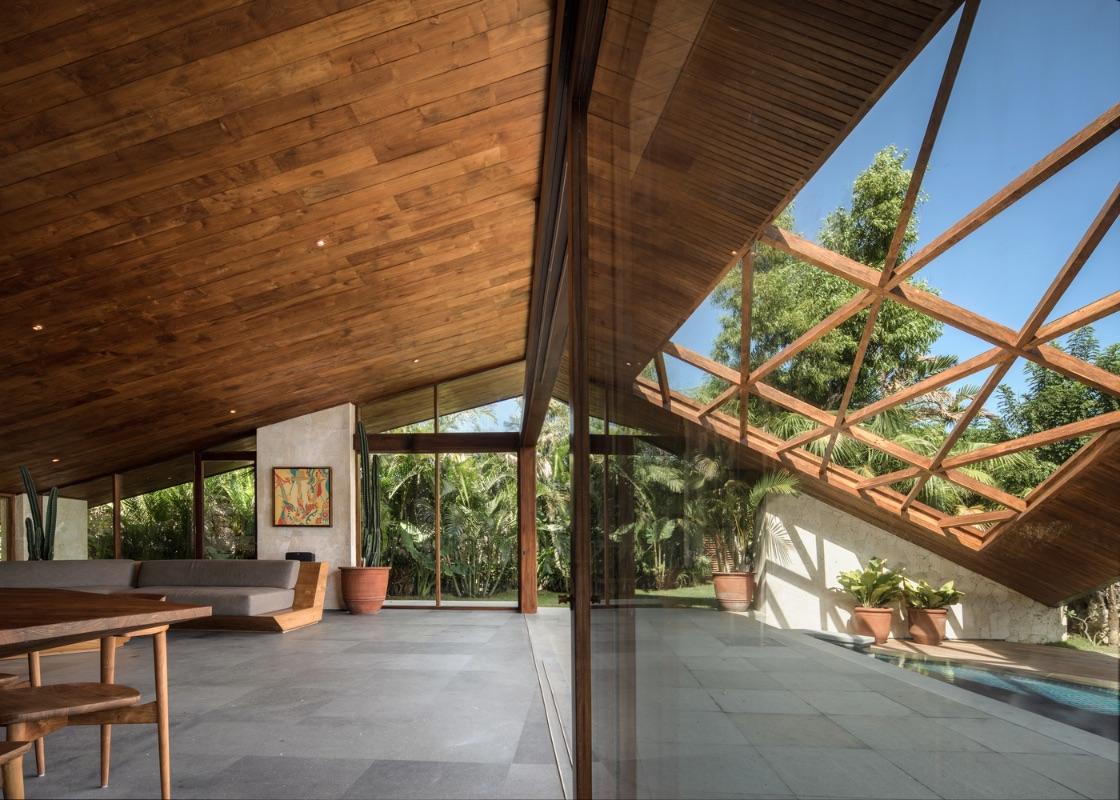 13_Cliff Front 7(WT Carbon House)_Alexis Dornier_Inspirationist