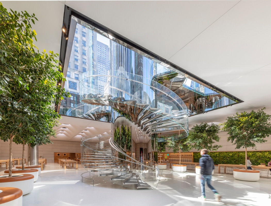 3_Apple Store Fifth Avenue_Foster + Partners_Inspirationist
